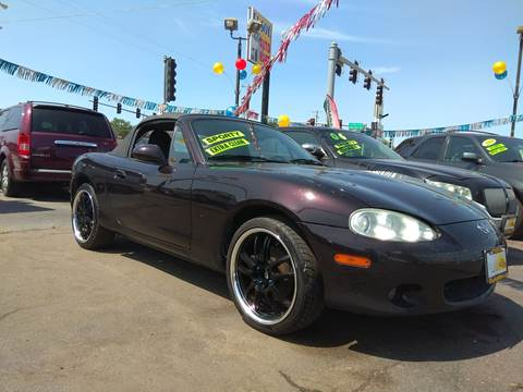 2004 Mazda MX-5 Miata for sale at TOP YIN MOTORS in Mount Prospect IL