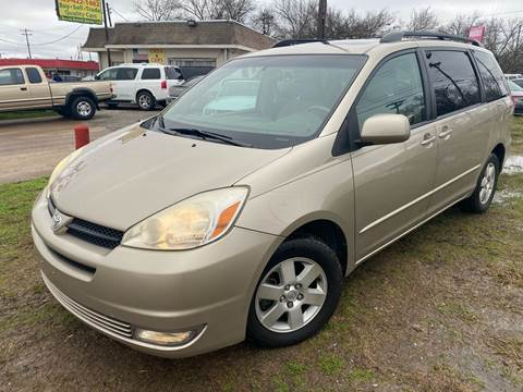 2004 Toyota Sienna XLE 7 Passenger for sale at Texas Select Autos LLC in Mckinney TX