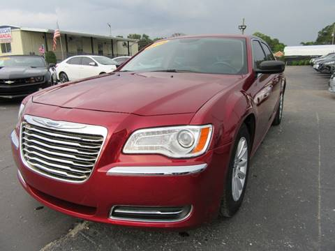 Chrysler 300 For Sale in Orlando, FL - American Financial Cars