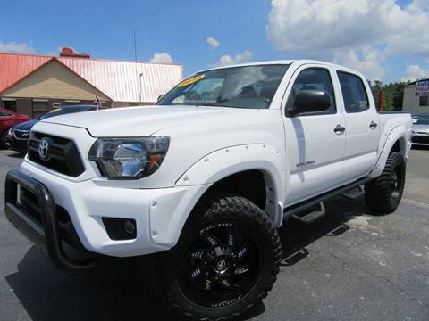 2015 Toyota Tacoma for sale at American Financial Cars in Orlando FL