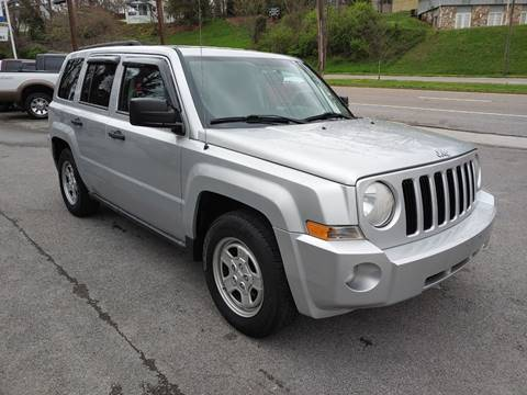 2010 Jeep Patriot Latitude for sale at North Knox Auto LLC in Knoxville TN