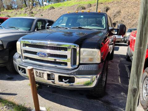 2006 Ford F-350 Super Duty Lariat for sale at North Knox Auto LLC in Knoxville TN