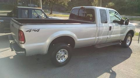2003 Ford F-250 Super Duty for sale at North Knox Auto LLC in Knoxville TN