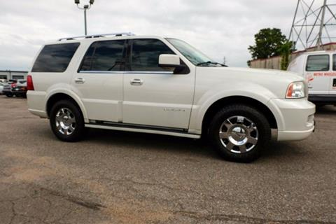 2005 Lincoln Navigator for sale in Memphis, TN