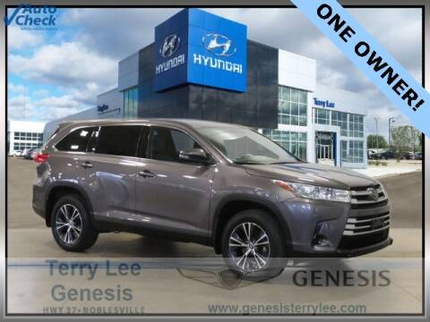 2019 Toyota Highlander for sale at Terry Lee Hyundai in Noblesville IN