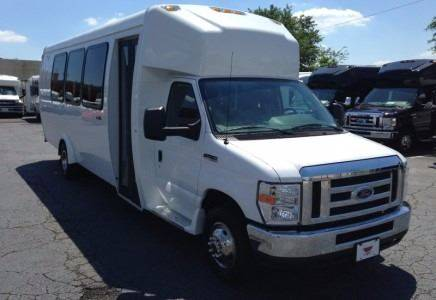 2015 Ford E-450 for sale in Lake City, GA