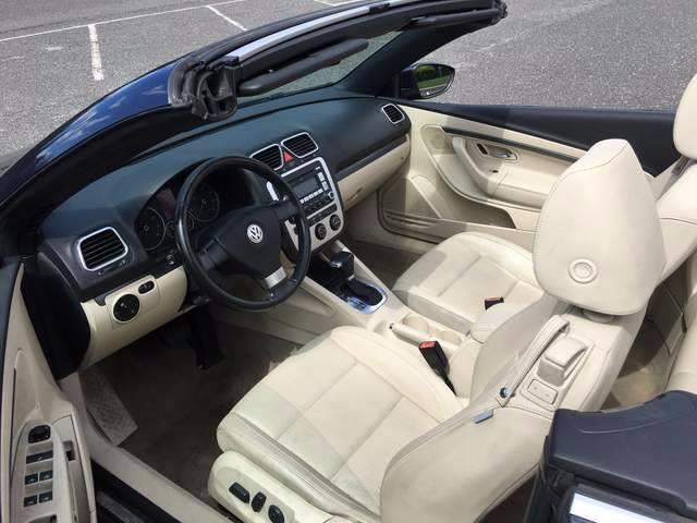 2009 Volkswagen Eos Komfort 2dr Convertible 6A - Jamesburg NJ