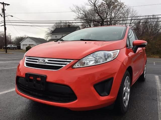 2013 Ford Fiesta SE 4dr Sedan - Jamesburg NJ