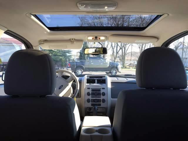 2010 Ford Escape XLT 4dr SUV - Jamesburg NJ