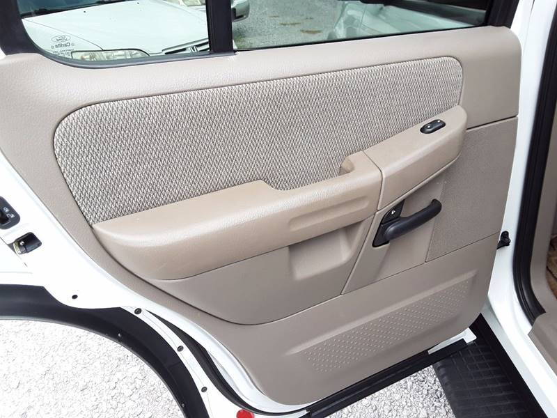2002 Ford Explorer XLT 2WD 4dr SUV - Decatur AL