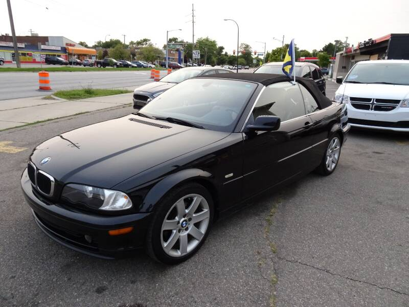 2003 BMW 3 Series for sale at Cromax Automotive in Ann Arbor MI