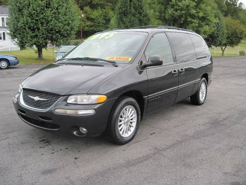 1999 Chrysler Town and Country for sale in Kingsport, TN