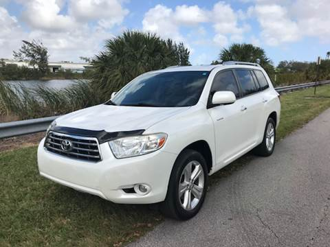 2008 Toyota Highlander for sale at FLORIDA CAR TRADE LLC in Davie FL