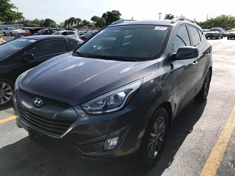 2014 Hyundai Tucson for sale at FLORIDA CAR TRADE LLC in Davie FL