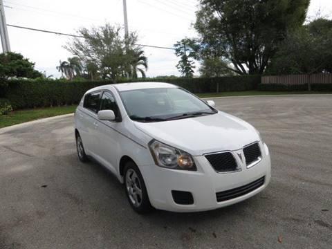 2009 Pontiac Vibe for sale at FLORIDA CAR TRADE LLC in Davie FL
