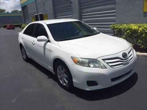2010 Toyota Camry for sale at FLORIDA CAR TRADE LLC in Davie FL