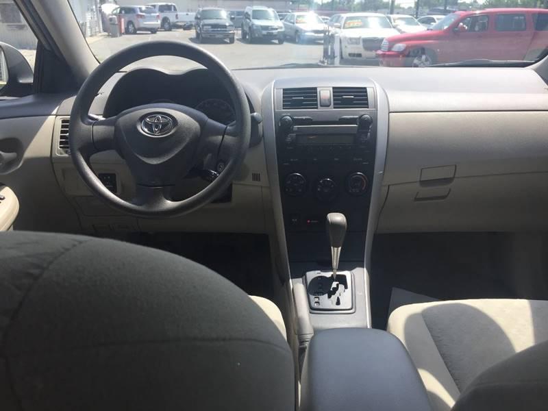 2009 Toyota Corolla LE 4dr Sedan 4A - Indianapolis IN