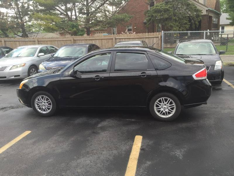 2009 Ford Focus SE 4dr Sedan - Indianapolis IN