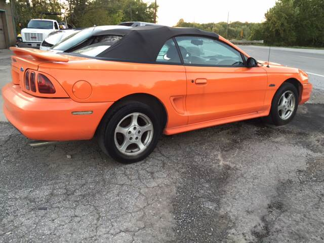 1996 Ford Mustang GT 2dr Convertible - Crestline OH