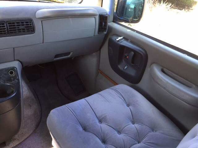 1999 Chevrolet R/V 10 Series  - Crestline OH