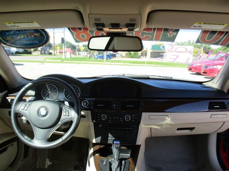2010 BMW 3 Series AWD 328i xDrive 2dr Coupe - Waterloo IA