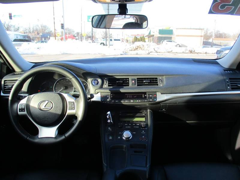 2013 Lexus CT 200h 4dr Hatchback - Waterloo IA