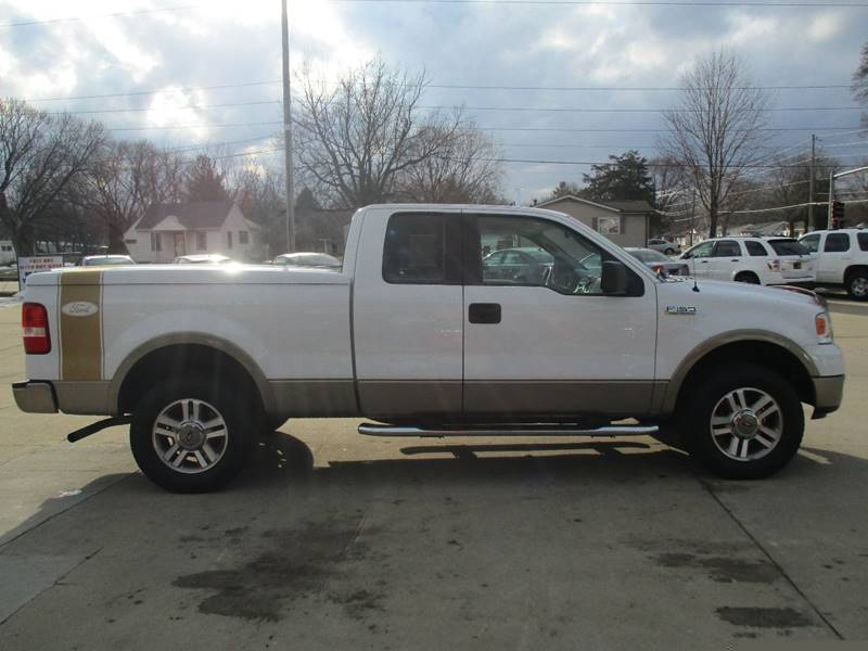 2005 Ford F-150 4dr SuperCab Lariat 4WD Styleside 6.5 ft. SB - Waterloo IA