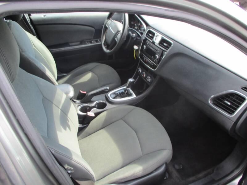 2012 Chrysler 200 LX 4dr Sedan - Wichita KS