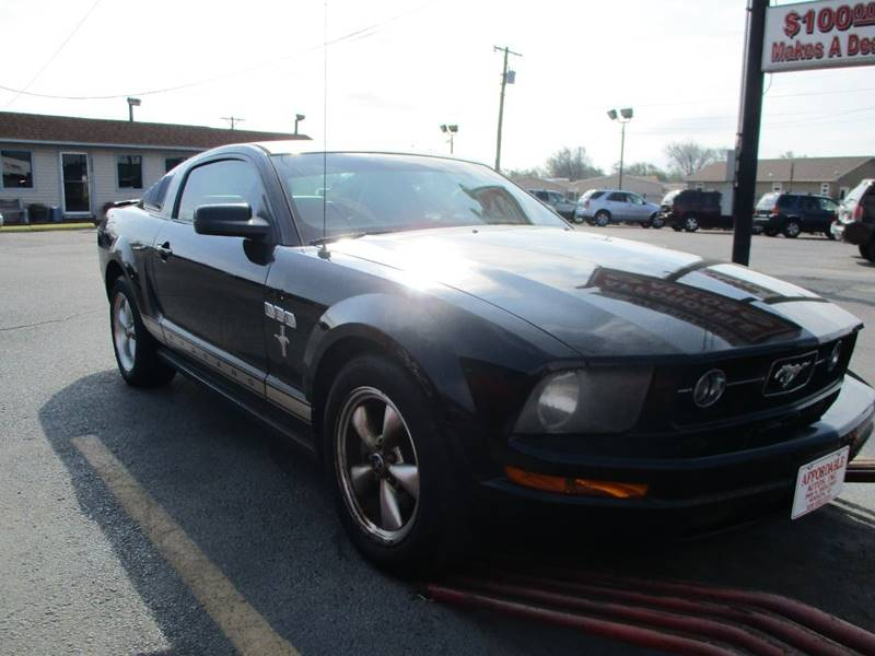 2007 Ford Mustang V6 Deluxe 2dr Coupe - Wichita KS