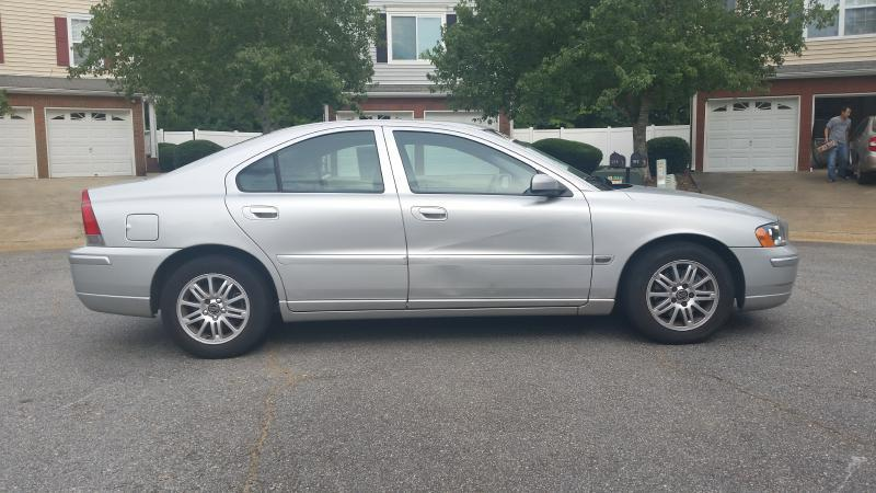 2005 Volvo S60 2.4 4dr Sedan - Woodstock GA