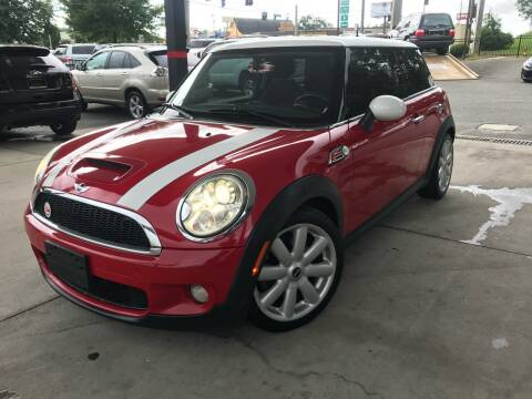 2009 MINI Cooper for sale at Michael's Imports in Tallahassee FL