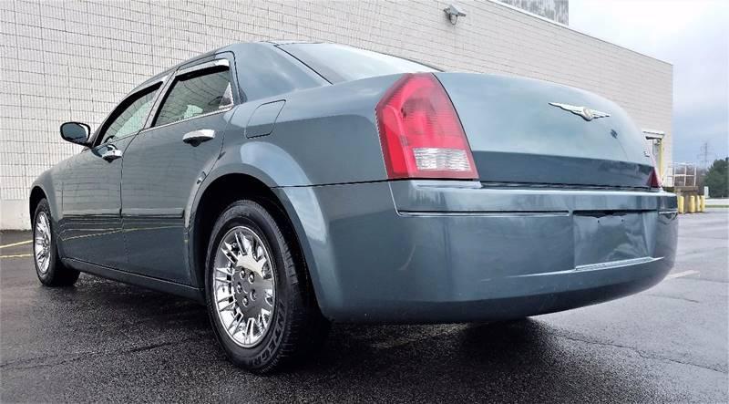 2005 Chrysler 300 Rwd 4dr Sedan - Buffalo NY
