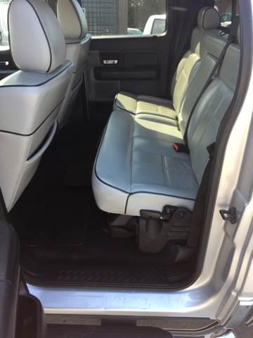 2006 Lincoln Mark LT 4dr SuperCrew 4WD SB - Eastpointe MI
