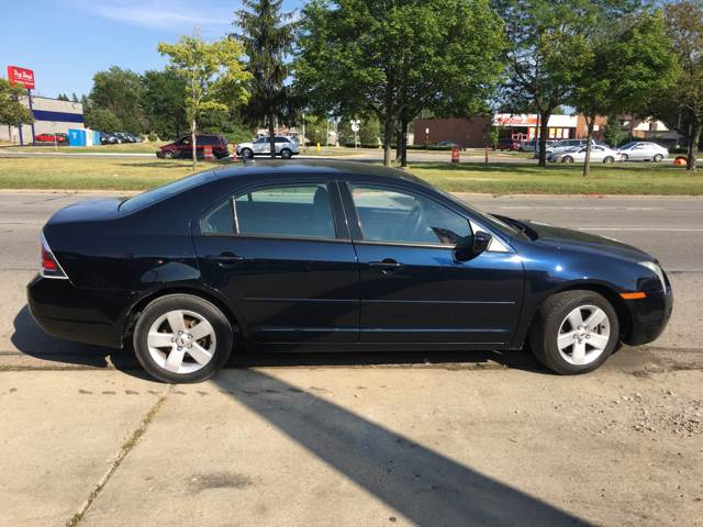 2008 Ford Fusion I4 SE 4dr Sedan - Eastpointe MI