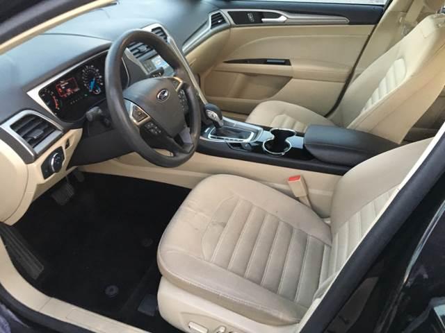 2014 Ford Fusion SE 4dr Sedan - Eastpointe MI