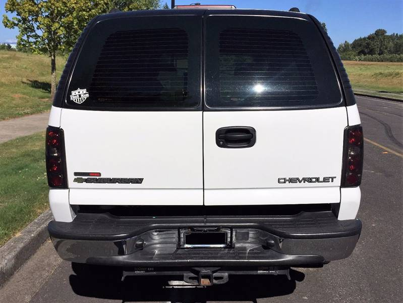 2004 Chevrolet Suburban 2500 LT 4WD 4dr SUV - Ridgefield WA