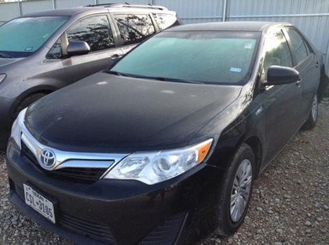 2014 Toyota Camry Hybrid for sale at Cowboy Toyota in Dallas TX