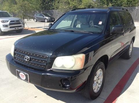 2002 Toyota Highlander for sale at Cowboy Toyota in Dallas TX