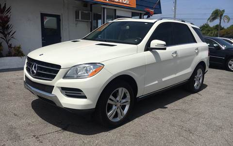 2013 Mercedes-Benz M-Class for sale at Classic Cars of Palm Beach in Jupiter FL