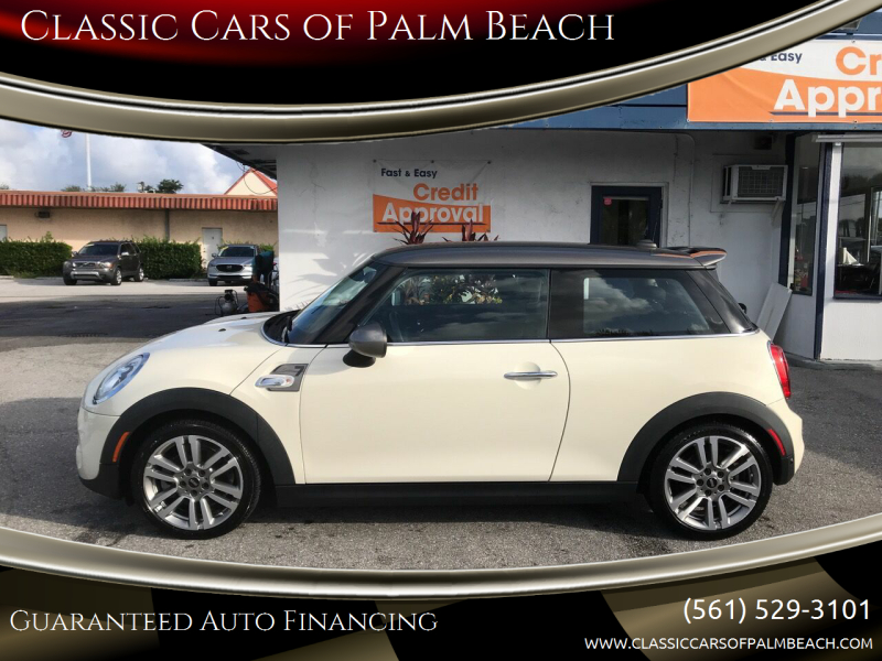 2017 MINI Hardtop 2 Door for sale at Classic Cars of Palm Beach in Jupiter FL
