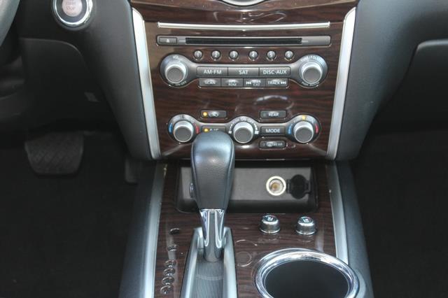 2013 Nissan Pathfinder 4x4 Platinum 4dr SUV - St. Louis MO