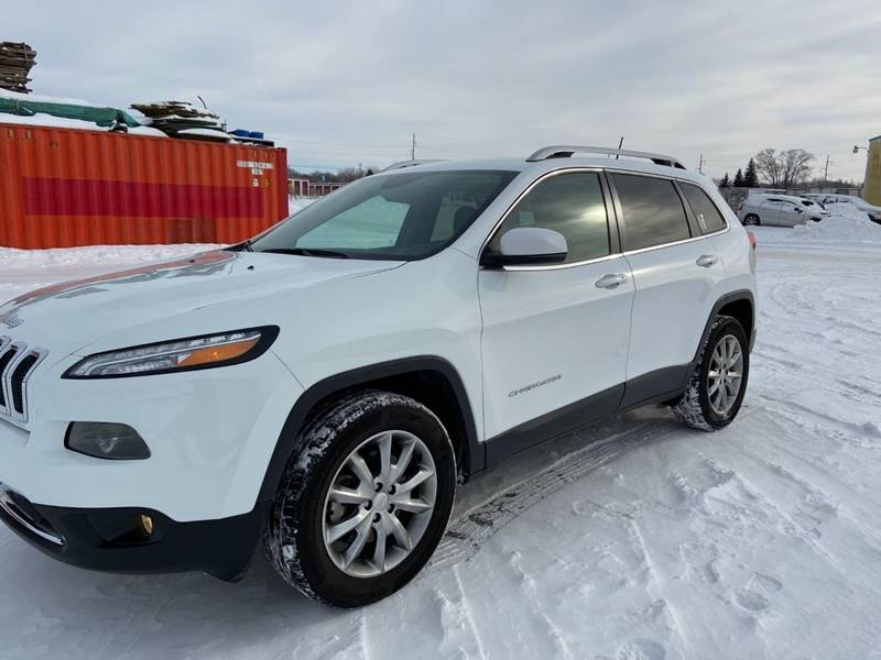2017 Jeep Cherokee Limited (image 2)