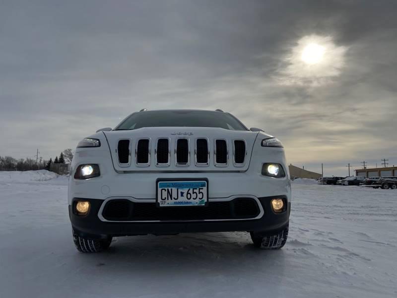 2017 Jeep Cherokee Limited (image 3)