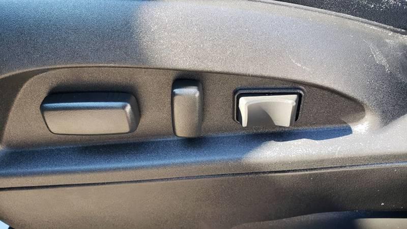 2017 Chevrolet Equinox LT (image 21)