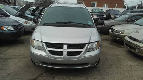 2004 Dodge Grand Caravan for sale in Cleveland, OH