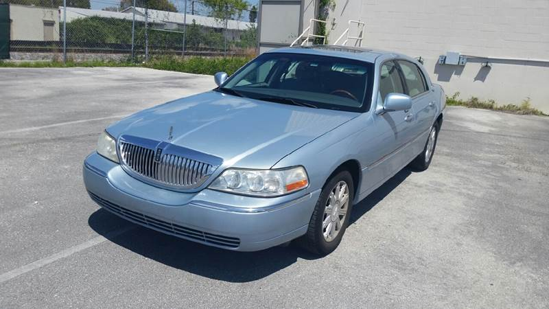 2007 Lincoln Town Car Signature Limited 4dr Sedan - Lake Worth FL
