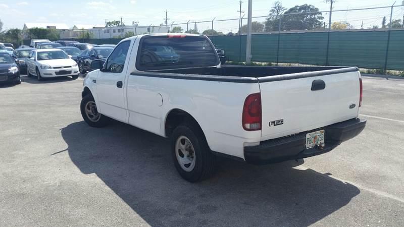 2002 Ford F-150 2dr Standard Cab XL 2WD Styleside LB - Lake Worth FL