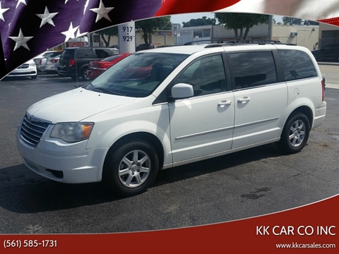 2010 Chrysler Town and Country for sale in Lake Worth, FL