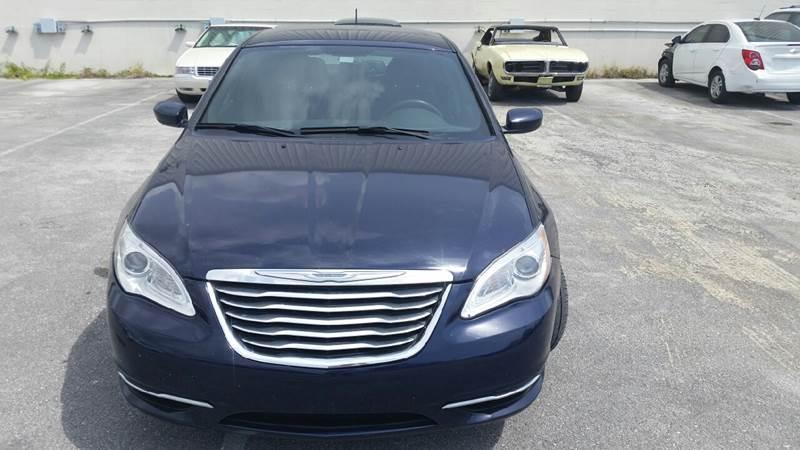 2013 Chrysler 200 Touring 4dr Sedan - Lake Worth FL
