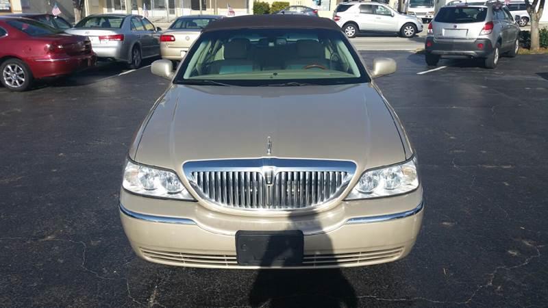 2008 Lincoln Town Car Signature L 4dr Sedan - Lake Worth FL